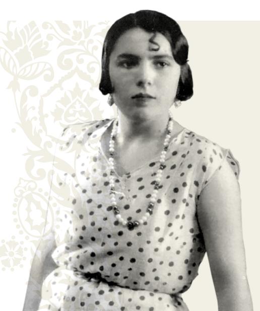 imagen joven abuela luisa granja